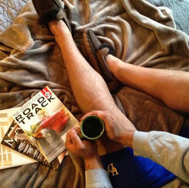 Dergi okurken kahve içmeye bayılırım