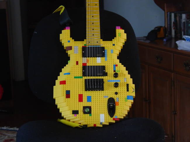 Lego Gitar