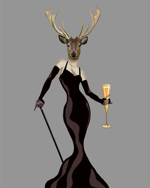 Gece elbisesi giyen geyik