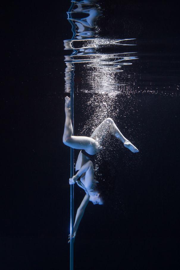 Skylar Pole Dancer
