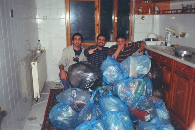 öğrenci evi çöp