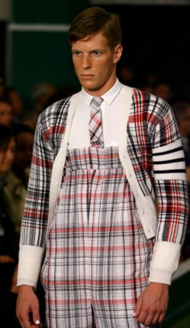Erkek modasının absürd kıyafetleri 12