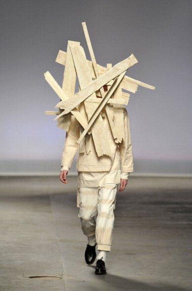 Erkek modasının absürd kıyafetleri 3