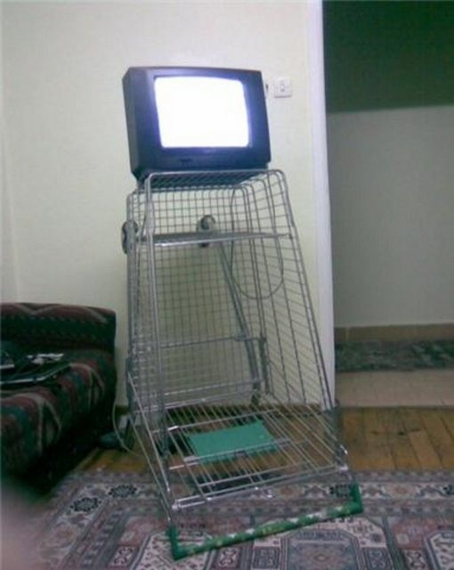 komik tv sehpası