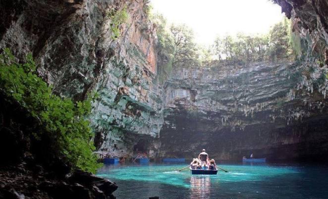 melissani mağarası yunanistan