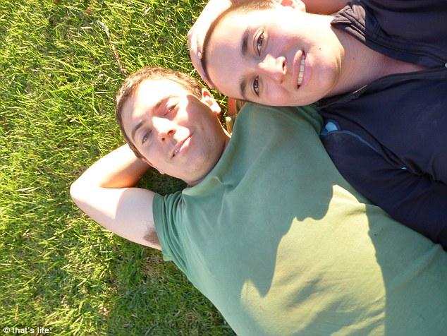 Parasız yaşan çift Rachel-Newby-Liam-Culbertson 5