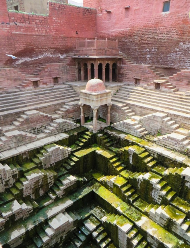 Victoria Lautman hindistan su yapıları ilginç binalar 2