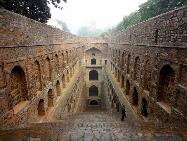 Victoria Lautman hindistan su yapıları ilginç binalar 6