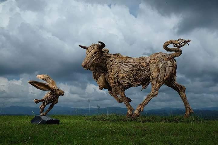 ilginç heykeller