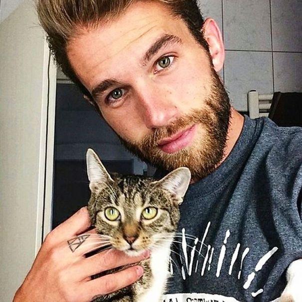kediler ve adamlar 15