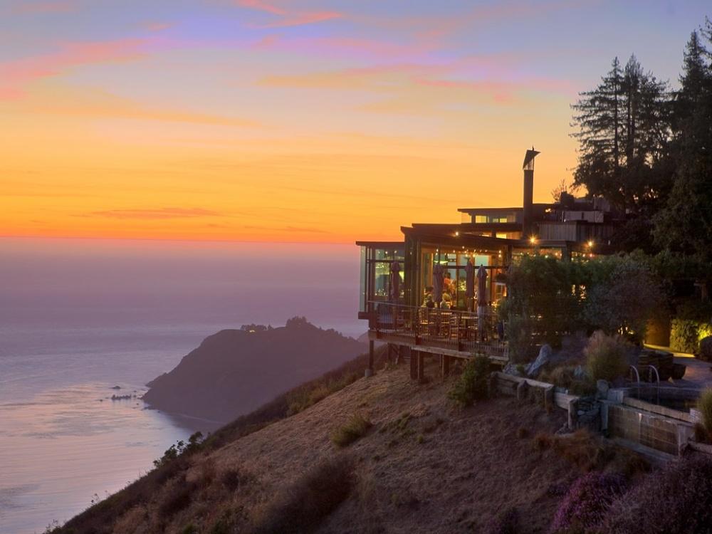 The Sierra Mar Restaurant in California