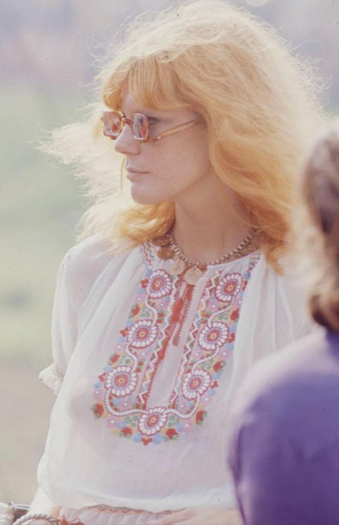 woodstock-women-fashion-1969-74__880