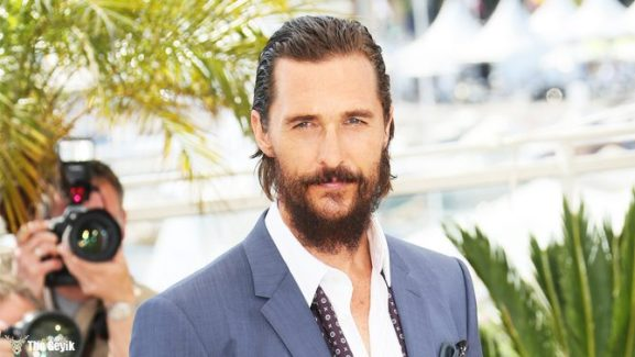 "CANNES, FRANCE - MAY 16:  Matthew McConaughey attends the ""The Sea of Trees"" photocall during the 68th annual Cannes Film Festival on May 16, 2015 in Cannes, France.  (Photo by Tony Barson/FilmMagic)"