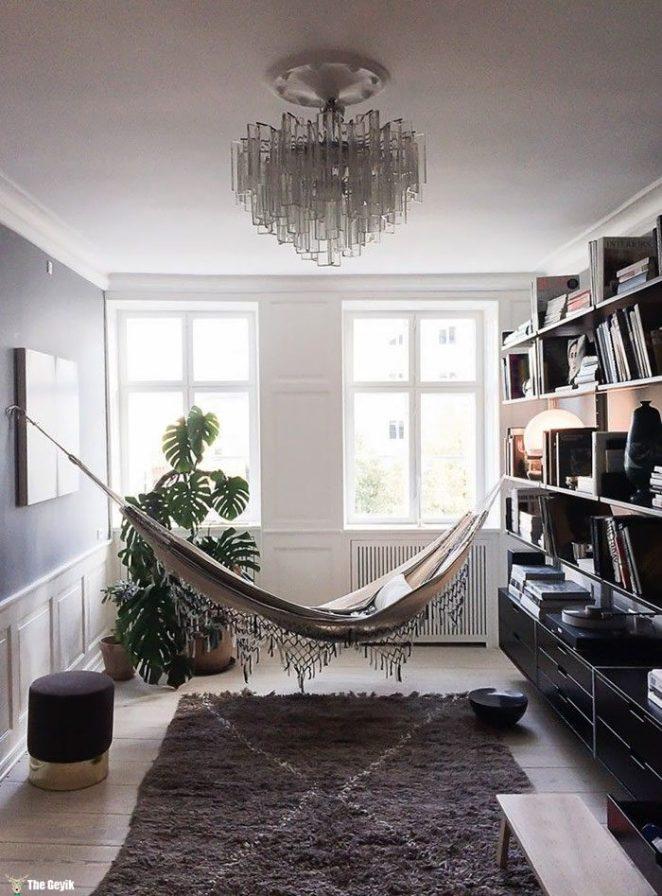 cozy-reading-nooks-book-corner-34-57318a58a2ada__700