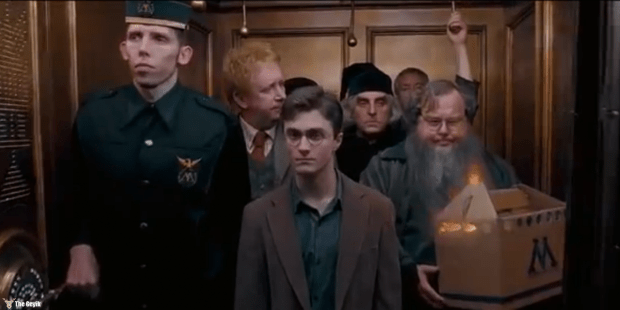 nicholas-blane-made-an-appearance-in-harry-potter-and-the-order-of-the-phoenix-as-bob-a-wizard-who-worked-with-arthur-weasley-at-the-ministry-of-magic-bob-is-the-one-holding-the-box.jpg