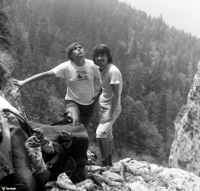 photos-of-mountain-hikes-in-communist-romania-876-264-1465925623