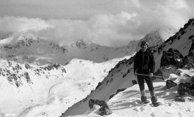 photos-of-mountain-hikes-in-communist-romania-876-360-1465925620