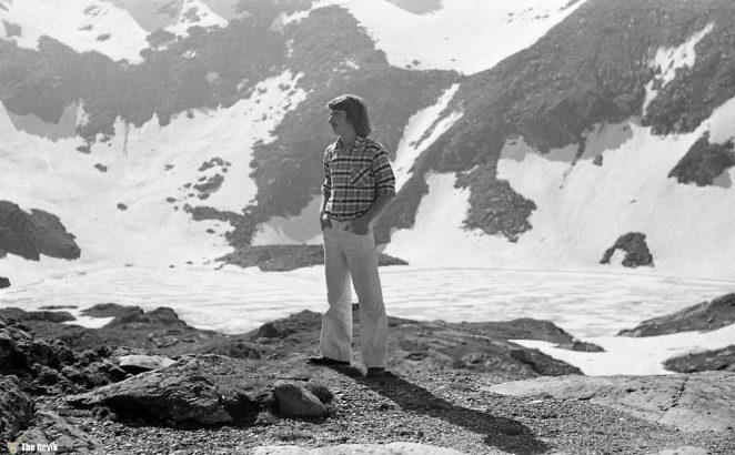 photos-of-mountain-hikes-in-communist-romania-876-487-1465925633