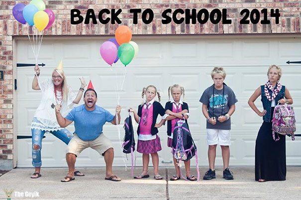 Okulun ilk günü - çocuklarını okula gönderdiğine sevinen aileler 5