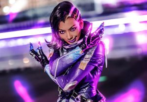 pion kim sombra cosplay overwatch pose