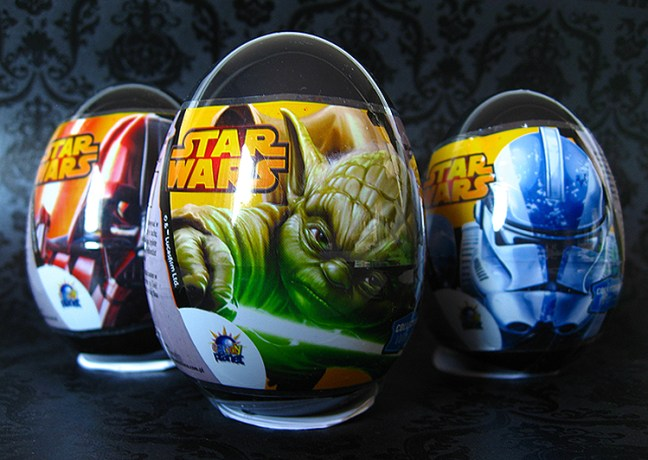 star_wars_egg_surprise_review_amazon_BLOG