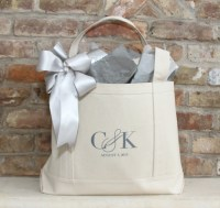 Bridal Shower Gift Idea // Custom Tote Bags  The Gift Insider