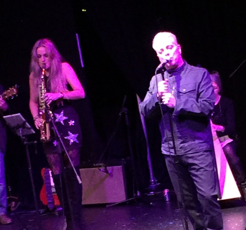 Ian Donaldson Live