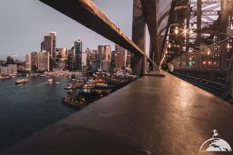 Sydney 16 June-12