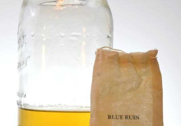 DIY Gin: Experiments with Homemade Bathtub Gin kits