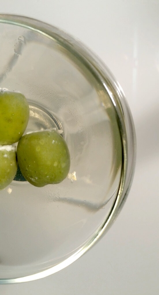 blue-cheese-stuffed-olives-dirty-martini