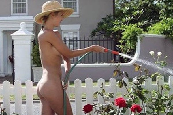 world naked gardening day hot pictures happyluke trần truồng