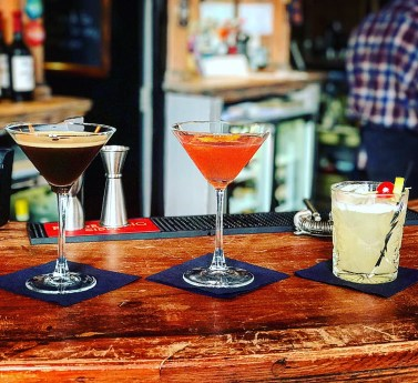 Cocktails at the Gipsy Queen