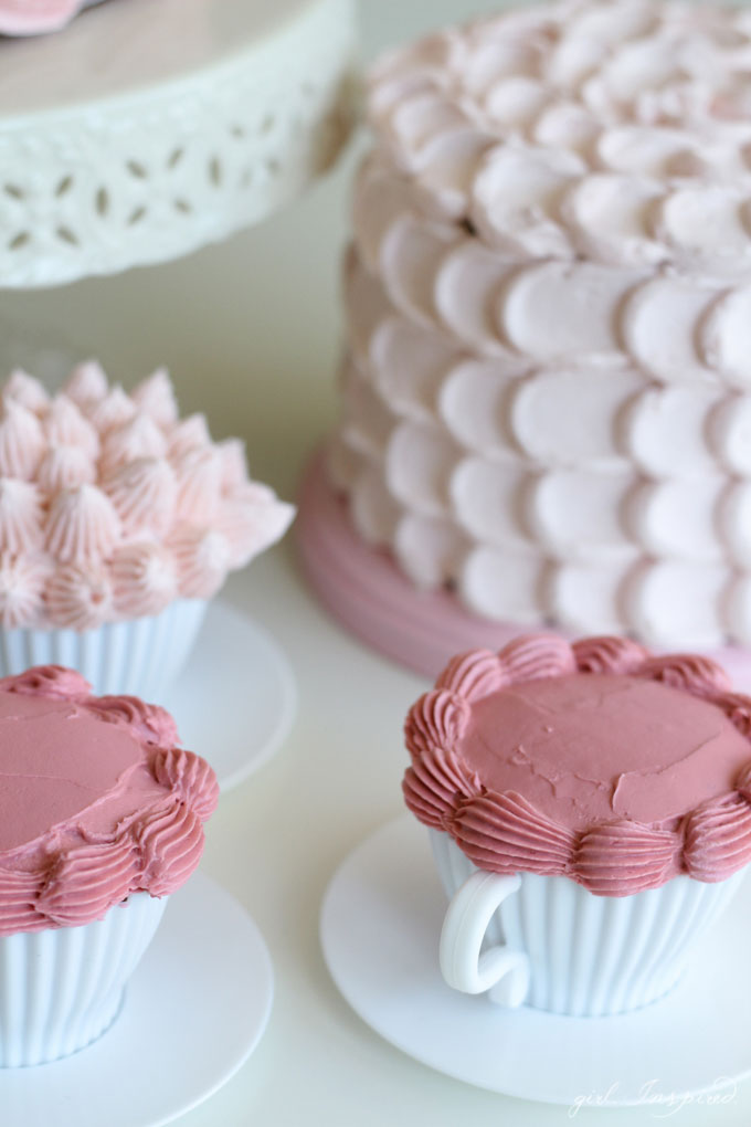 Four simple but stunning cake decorating techniques #JoAnnGoesPink