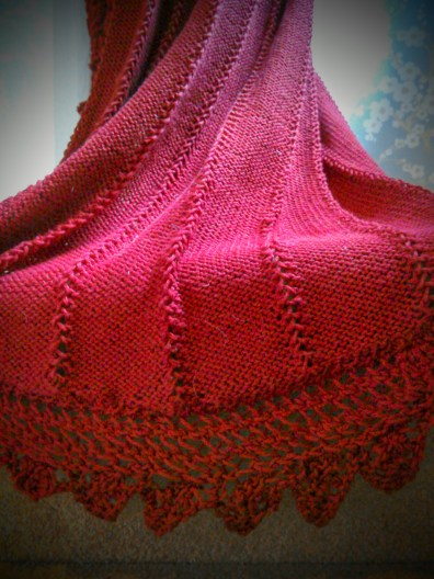 Lace stitch edging on the train