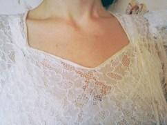 Thirties neckline