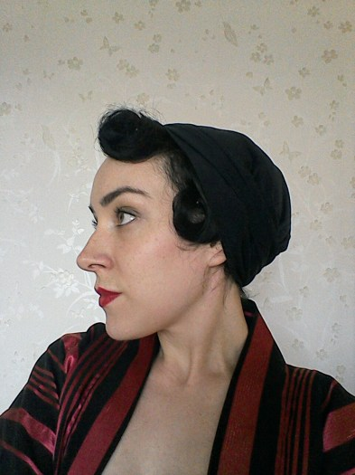 Wraparound cloche hat