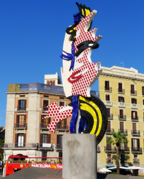 "A Lichtenstein sculpture, Cap de Barcelona aka ""The Head"""