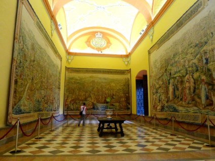The tapestry room at Real Alcazar palace