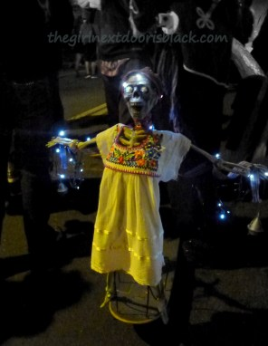 Metal sculpture at Dia de los Muertos San Francisco 2014 | The Girl Next Door is Black