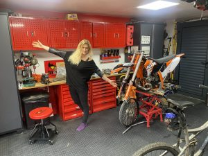 The girl on a bike dream garage tour teng tools scaled