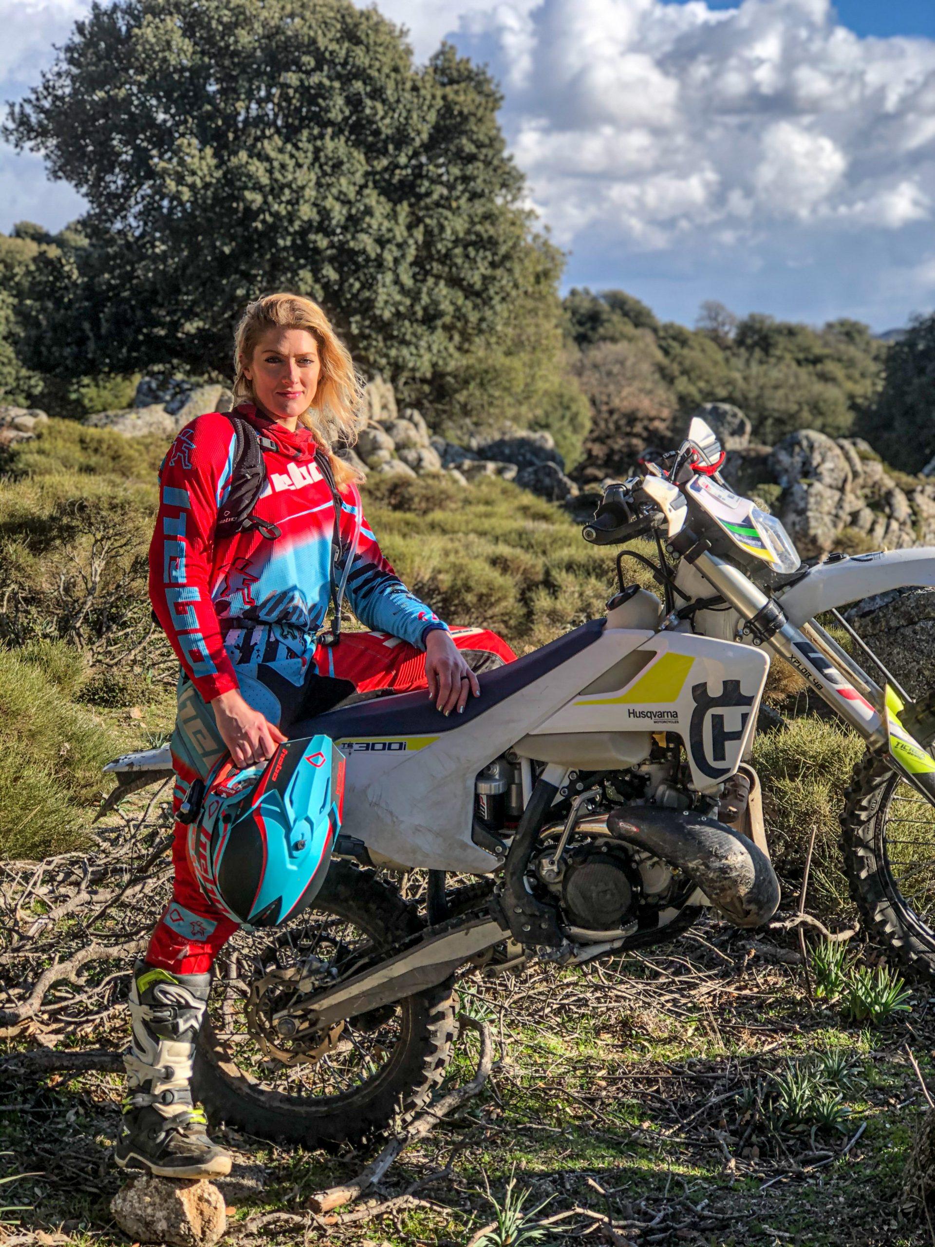 the girl on a bike tour enduro sardigna sardinia 3 scaled