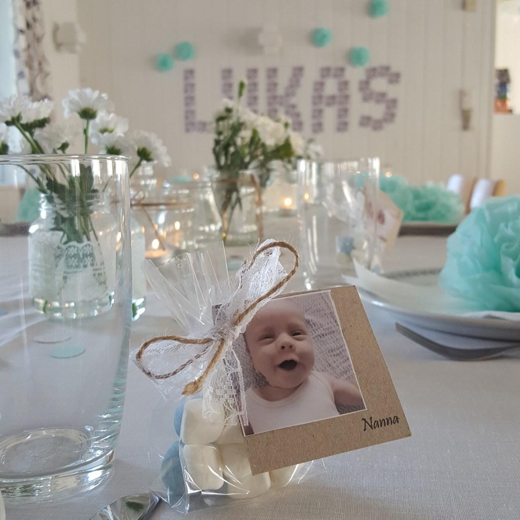 bordkort med billede til barnedåb