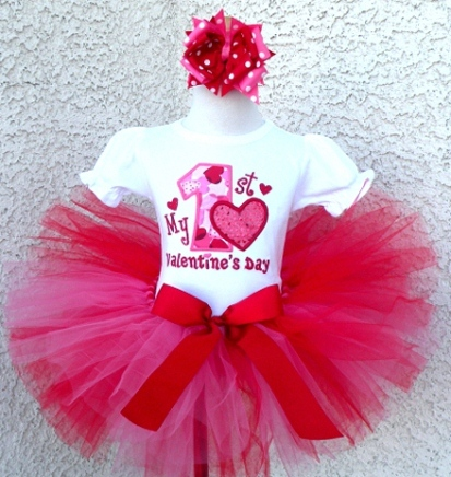 Newborn Baby Girl First Valentines Day Outfits