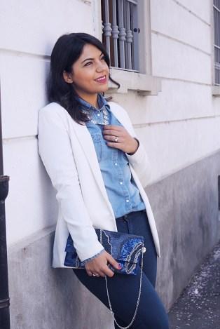 outfit giorno con pochette elegante
