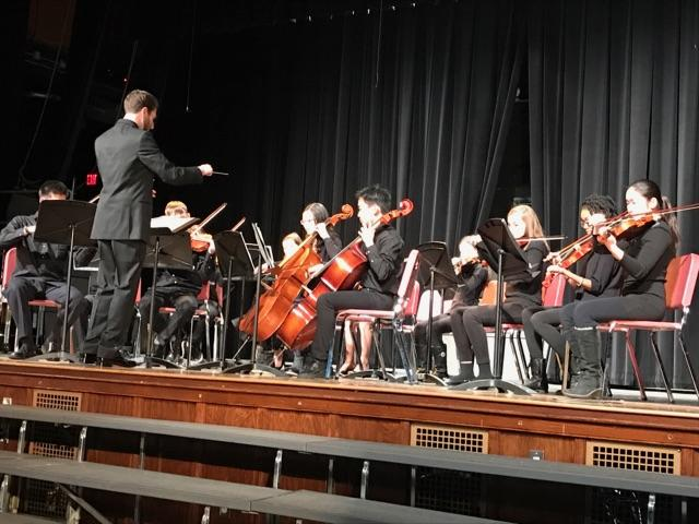 The Glen Echo  Choir and band students join together for Winter Concert