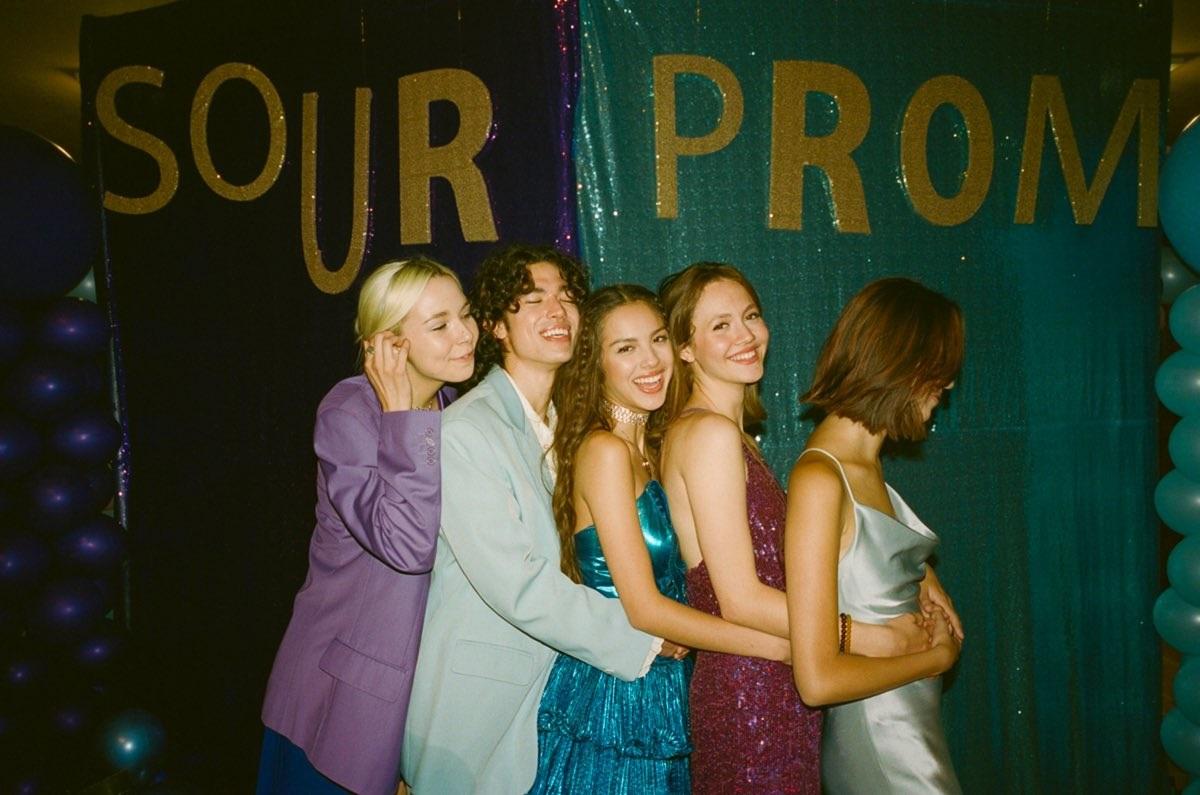Sour Prom 2021 blue dress