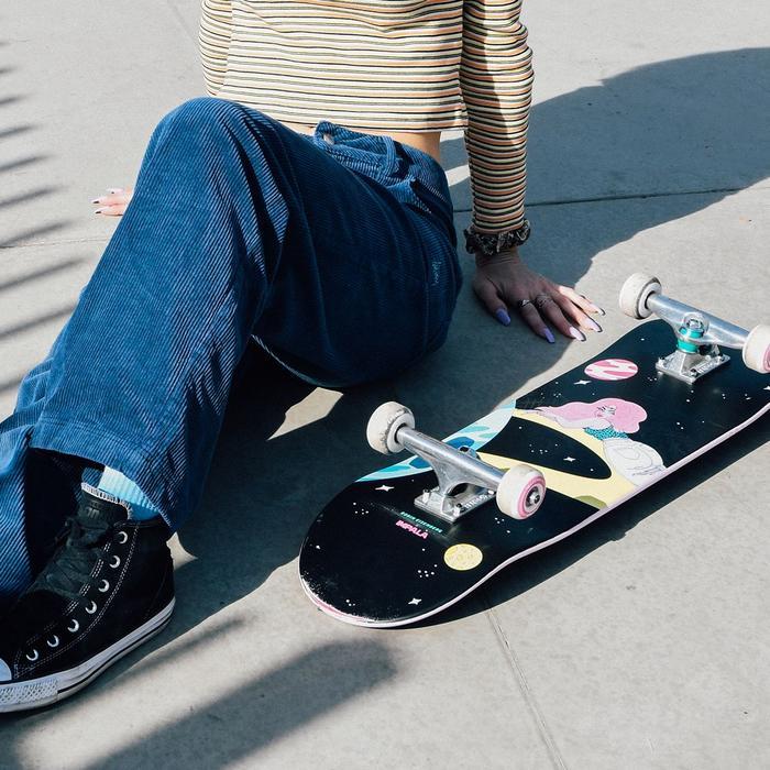 SATURN-SKATEBOARD Impala Skate Promotional Image