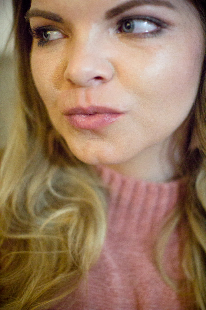 How to plump your lips at home with PMD Beauty Kiss System. Plump Lips, Beauty Regimen, How to, DIY beauty.