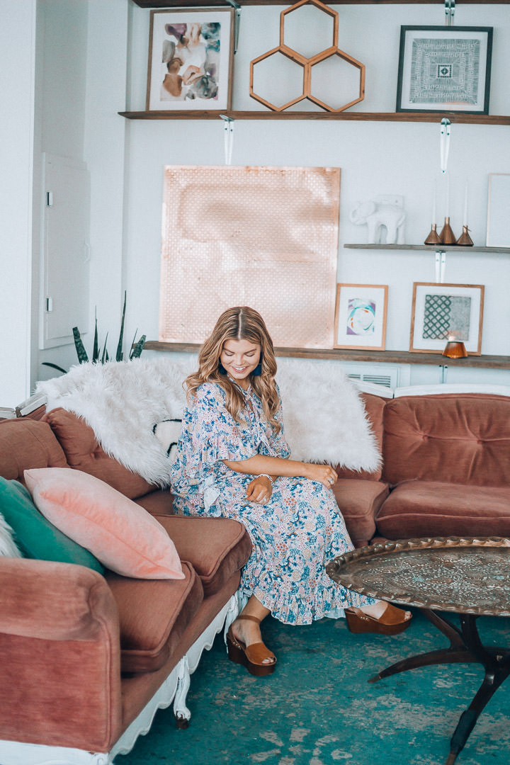 Spring Cleaning, Lifestyle Refresh, How to De-Clutter your Mind, See by Chloe, The Hive Knoxville, Bohemian Decor, Blush Velvet Couch, The Glitter Gospel, Tennessee Blogger