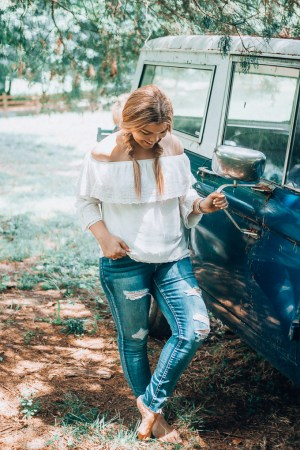 The Glitter Gospel partners with Maurices to help you find the perfect fall denim. Fall outfits, denim, affordable outfits, striped tee, Tennessee blogger, white eyelet top, button fly jeans, high rise jeans, the side porch, gray tn, cold shoulder top